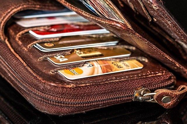 Кредитные карты – упрощённый вариант получения заемных средств?